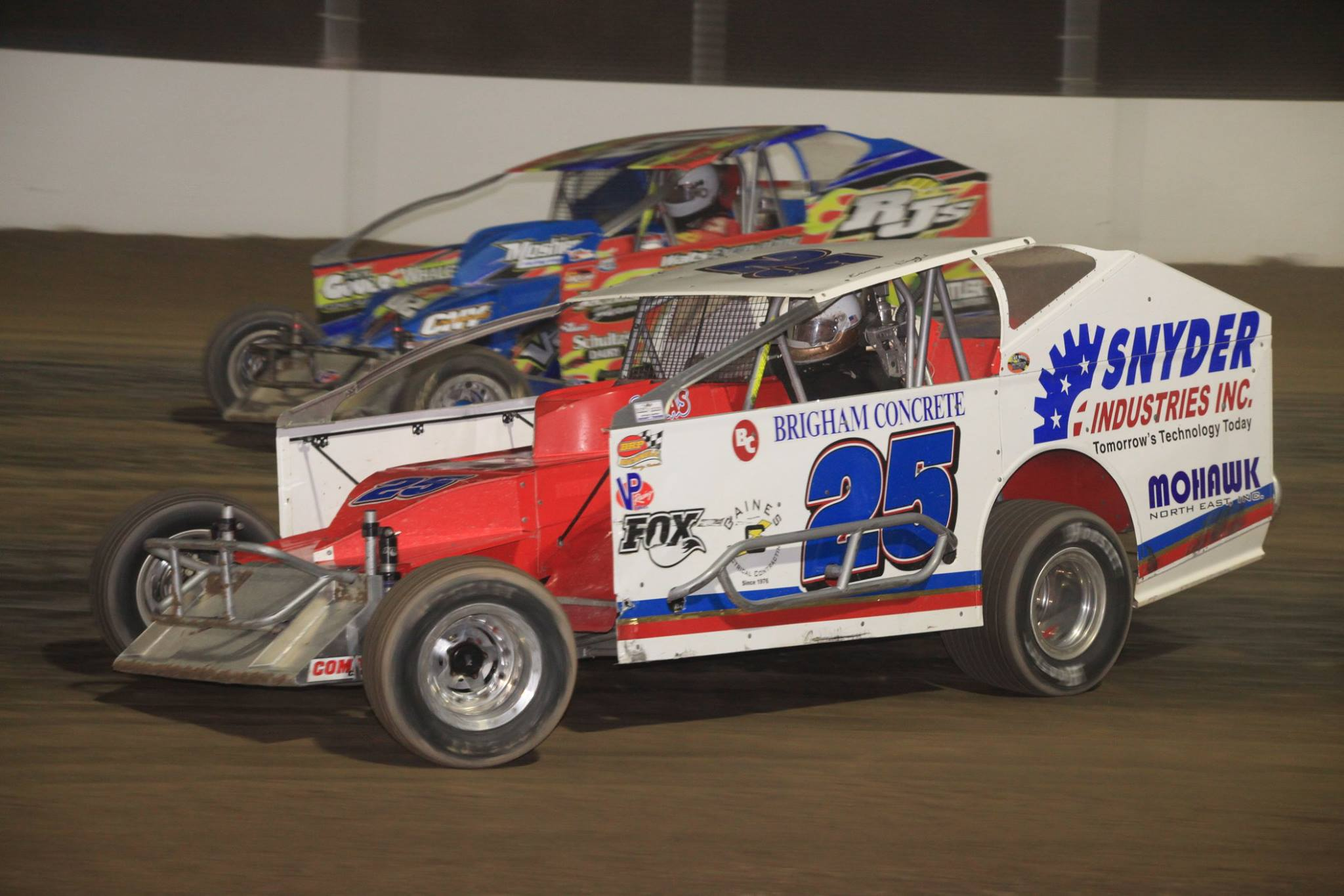 358 mods roar into weedsport for super dirt week. Black Bedroom Furniture Sets. Home Design Ideas